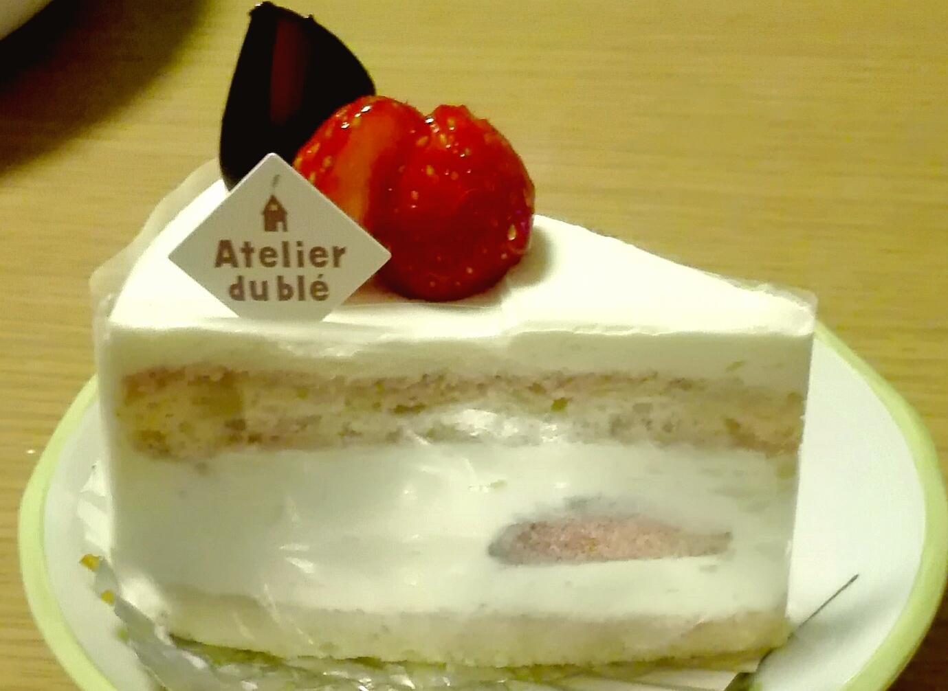 アトリエ ブレ(松本市)のイチゴショートケーキ