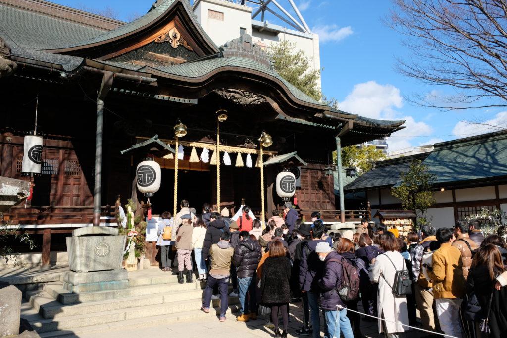 四柱神社の初詣
